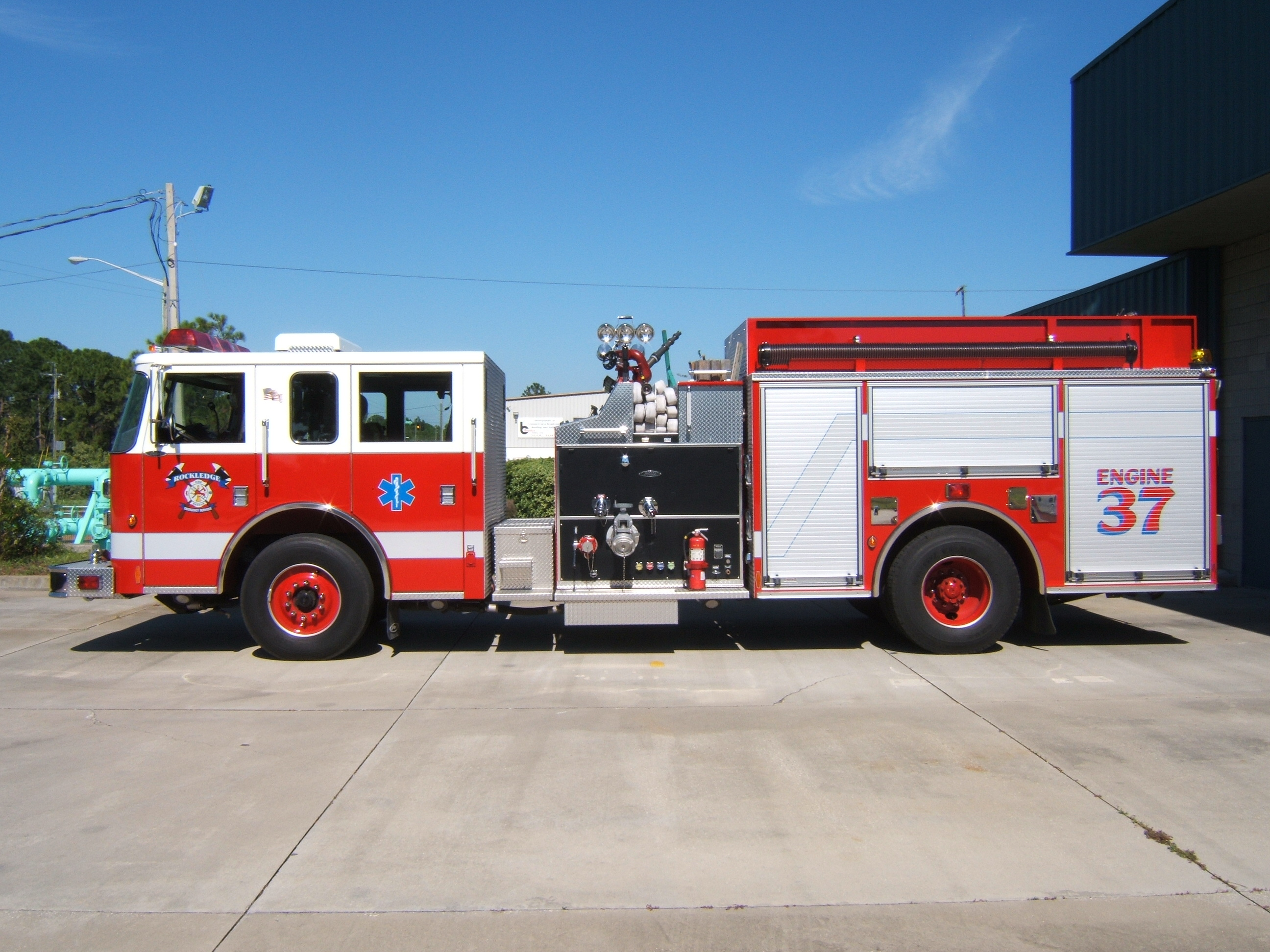 Engine 37 - 2008 Pierce Pumper